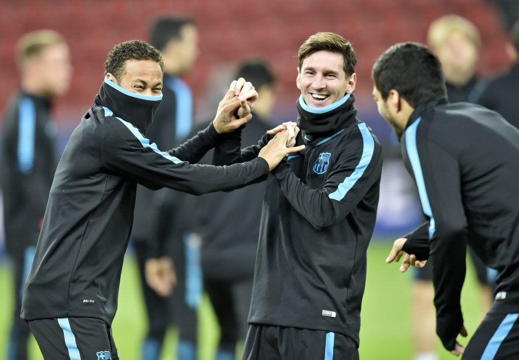 Ofrecerían billón por Messi y Neymar/ AP