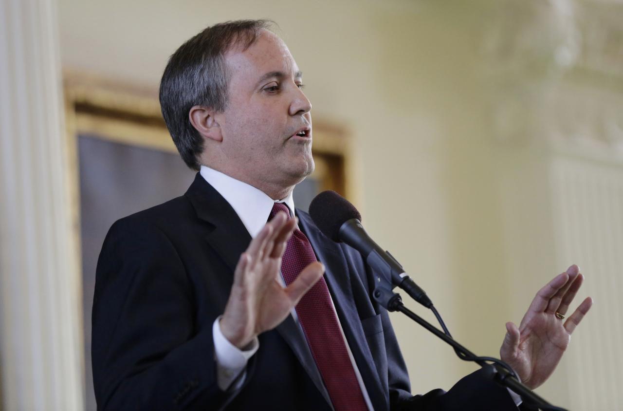 Ken Paxton, procurador general de Texas, demandó a funcionarios de Austin y el condado de Travis. (AP)