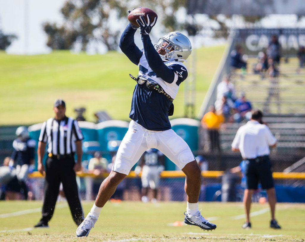 Dallas Cowboys running back Tony Pollard (36) catches a pass during an afternoon practice at training camp in Oxnard, California on Wednesday, August 7, 2019. (Ashley Landis/The Dallas Morning News)
