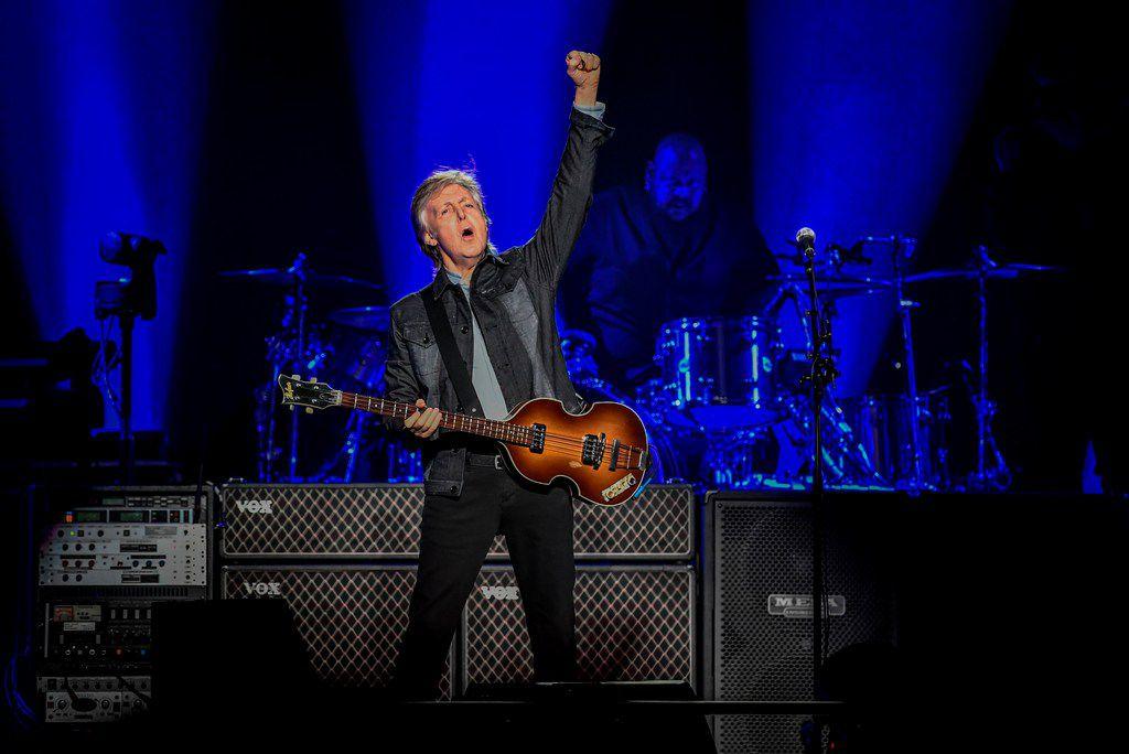 British musician Paul McCartney performs on November 28, 2018 at the U Arena stadium in Nanterre.
