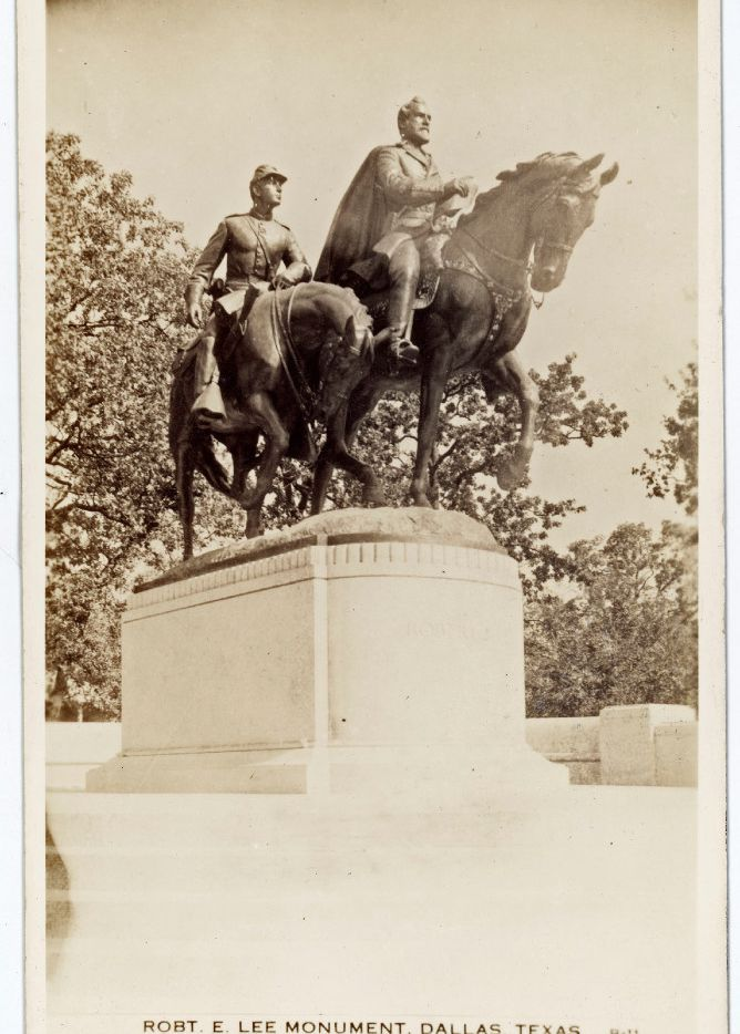 A picture postcard of the Robert E. Lee Monument in Dallas shows the equestrian statue of General Robert E. Lee and an accompanying soldier, exhibited in Lee Park. The sculpture by A. Phimister Proctor was unveiled June 12, 1936 by President Franklin D. Roosevelt who also spoke at the Texas Centennial Exposition while in town that day.
