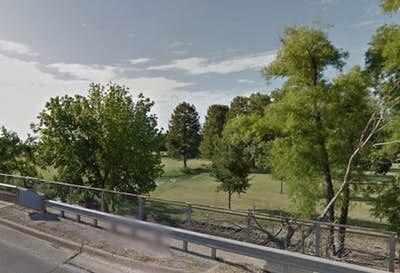 Las autoridades investigan el hallazgo de un cuerpo que fue encontrado en unas aguas en Pleasant Grove. Foto DMN
