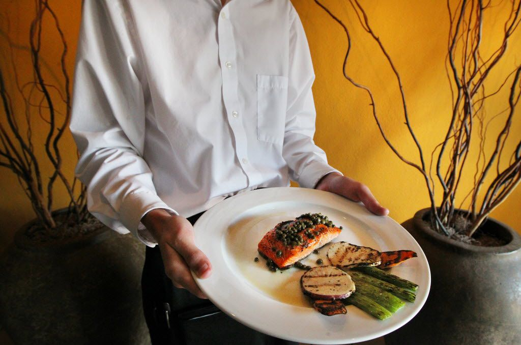 Customers at Canary by Gorji in Addison/Dallas will no longer tip their servers. It's a controversial move.