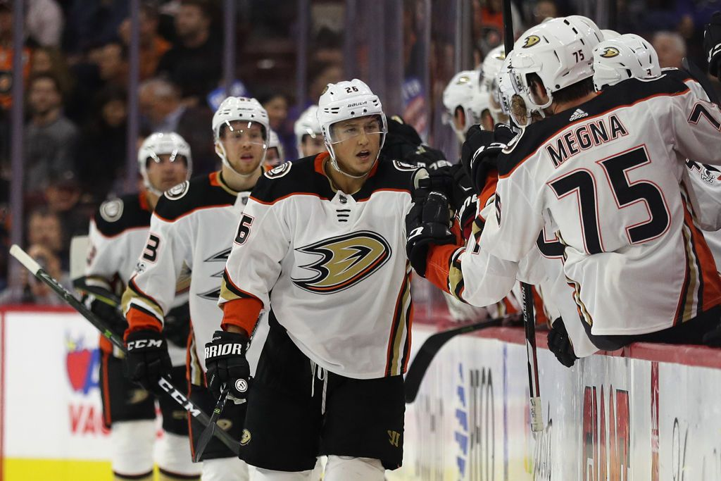 PHILADELPHIA, PA - OCTOBER 24: Brandon Montour #26 of the Anaheim Ducks celebrates his goal against the Philadelphia Flyers during the second period at Wells Fargo Center on October 24, 2017 in Philadelphia, Pennsylvania. (Photo by Patrick Smith/Getty Images)