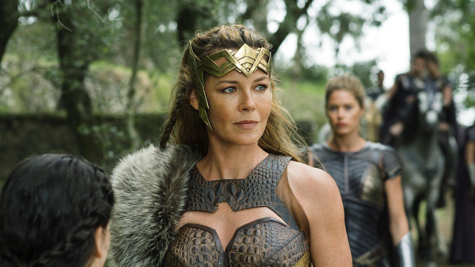 "Connie Nielsen interpreta a Queen Hippolyta en la cinta ""Wonder Woman"".(AP)"