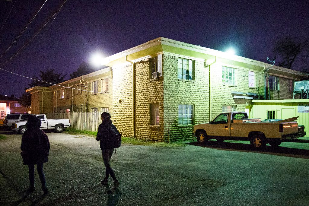 Volunteers Diana Dinh (left) and Meredith Mortberg walk down an alley near Garrett Park looking for homeless people during the annual homeless census on Thursday, Jan. 26, 2017, in Dallas. The federally-mandated annual census took place Thursday in Dallas County as volunteers went out into the community to interview homeless residents. (Smiley N. Pool/The Dallas Morning News)