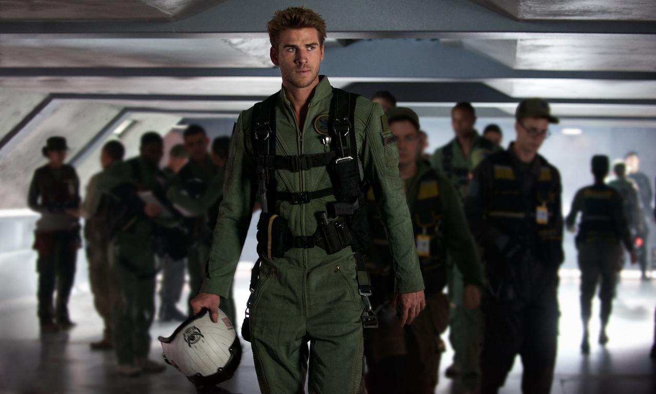 "Liam Hemsworth interpreta a Jake Morrison en ""Independence Day: Resurgence"". (AP/CLAUDETTE BARIUS)"