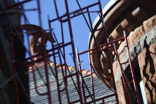 Cómo utilizar los andamios es uno de los temas en seminario sobre seguridad en la construcción. DMN