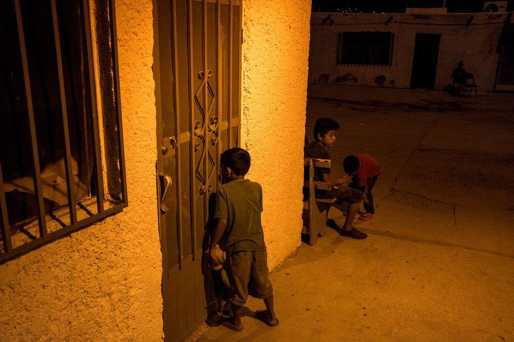 Children at the El Buen Pastor shelter.
