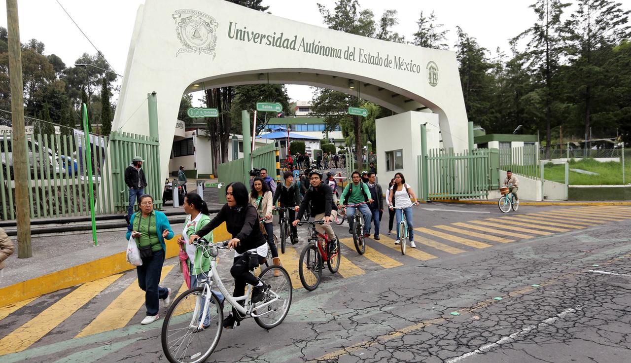 La Universidad Autónoma del Estado de México ofrece cursos a distancia para mexicano en Estados Unidos.(AGENCIA REFORMA)