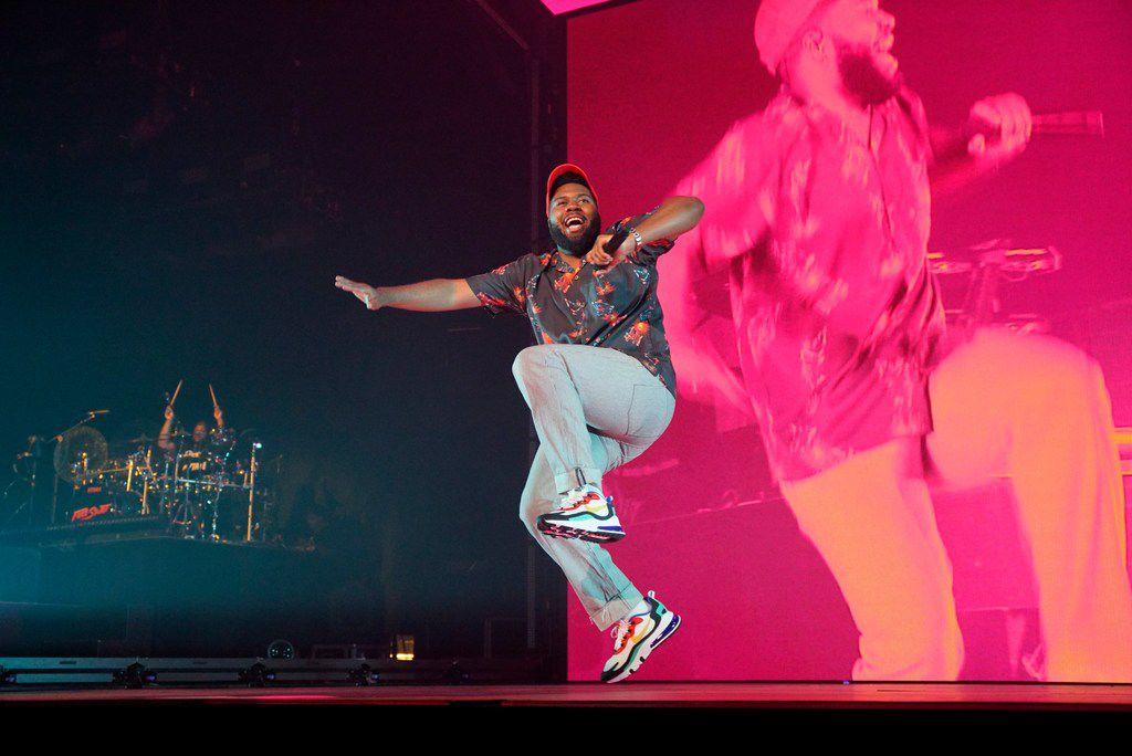 El Paso singer Khalid shows Dallas what unconventional pop