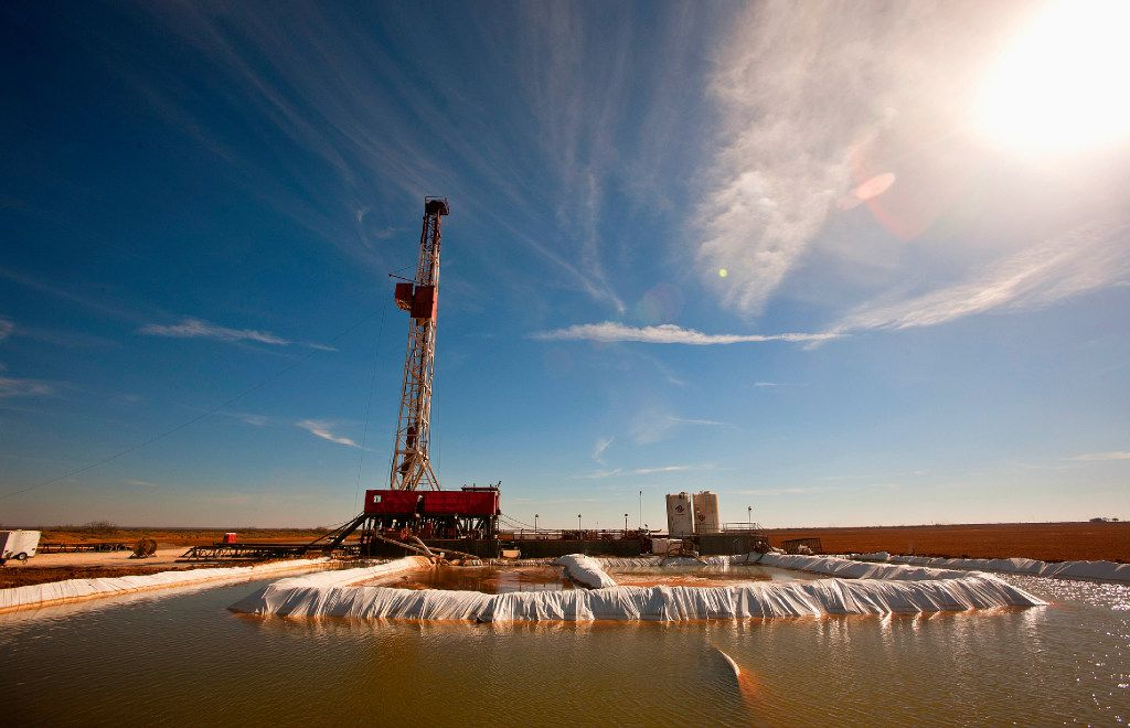 A water pool is attached to Robinson Drilling rig No. 4 in Midland County in West Texas. Glasscock County, just outside Midland, ranked fourth in the nation for highest adjusted gross income in a new study. (James Durbin/Midland Reporter-Telegram)