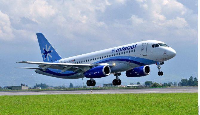 Un avión Superjet100 de fabricación rusa. (AGENCIA REFORMA)