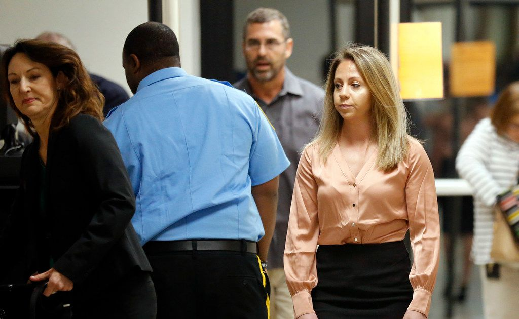 Jury chosen for Amber Guyger's murder trial in the shooting of Botham Jean - The Dallas Morning News