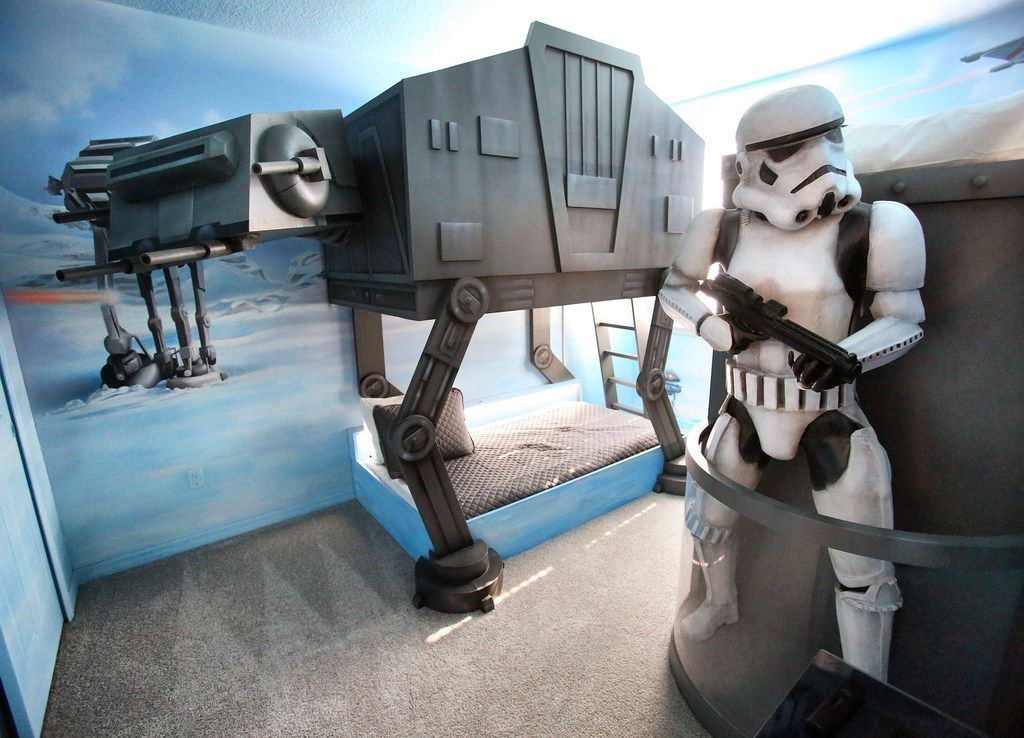 Vacation rentals in the Solara and Reunion resort-home neighborhoods of Kissimmee, Fla., feature Star Wars-themed kids' bedrooms.