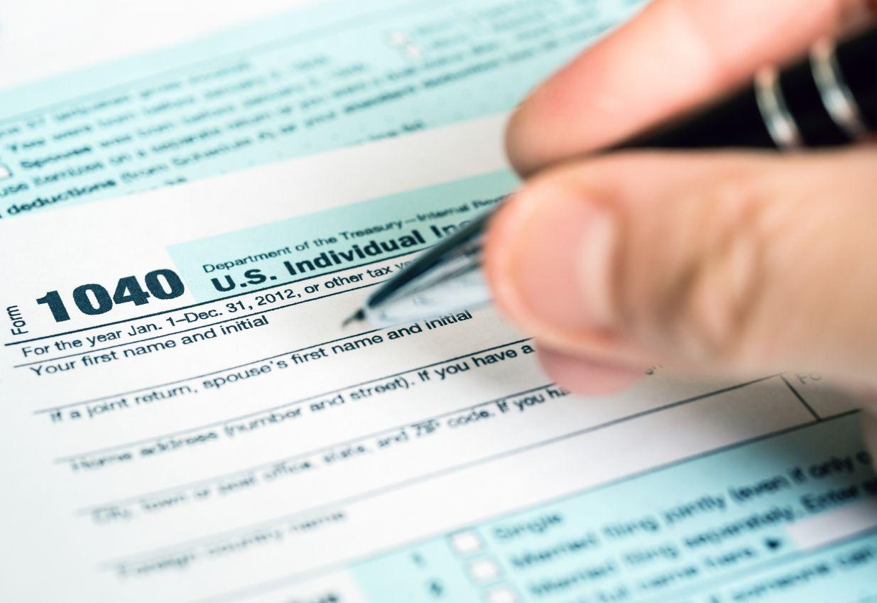 Formulario para declarar impuestos al IRS. iSTOCK