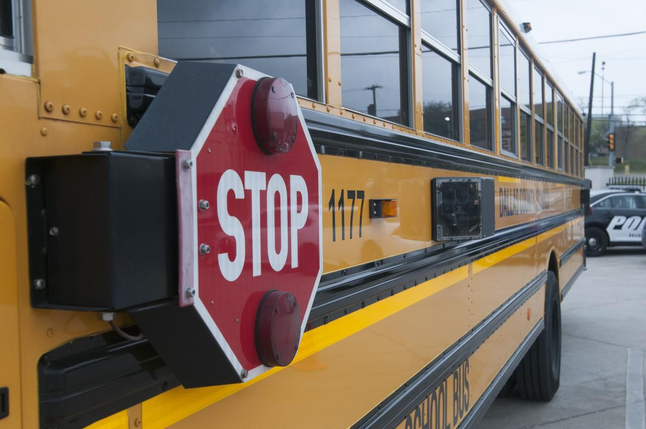 El Dallas County School prestaba servicio de transporte a 8 distritos escolares en el Norte de Texas.
