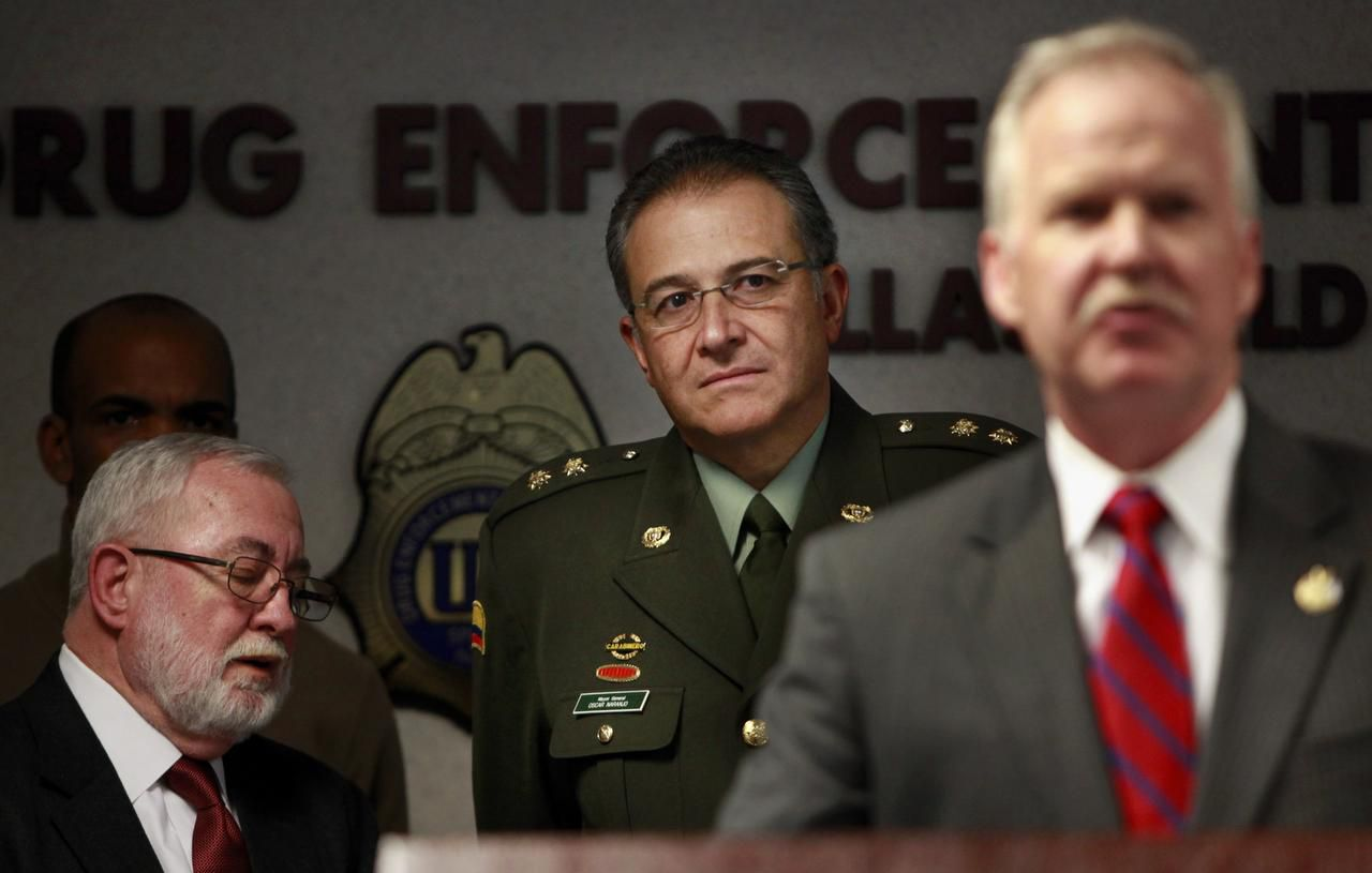 Gen. Oscar Naranjo, Colombia's national police chief at the time, listened as John M. Bales, U.S. attorney for the Eastern District of Texas, announced the federal indictments.