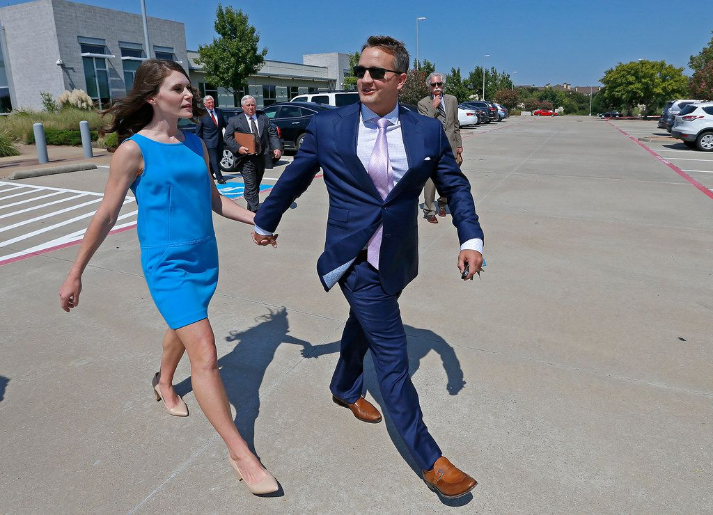 Wade Blackburn (right) leaves the US Courthouse after his sentencing hearing in Plano, Texas, Thursday, Sept. 14, 2017. He pleaded guilty to one count of conspiracy to commit mail fraud in connection with the land deals with the Texas Department of Transportation in Denton County in April. (Jae S. Lee/The Dallas Morning News)