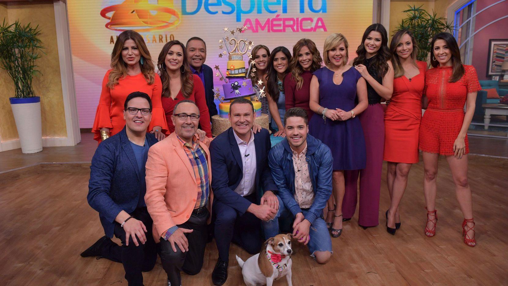 """Todos los conductores del pasado y presente del popular programa """"Despierta América""""/ Cortesía Univision."""