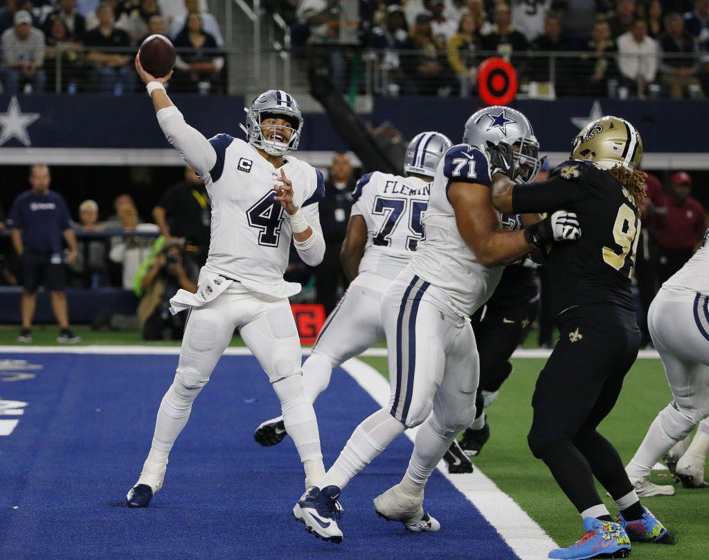 El mariscal de los Dallas Cowboys Dak Prescott (4) en una jugada contra los New Orleans Saints en Arlington, Texas. (AP Photo/Roger Steinman)