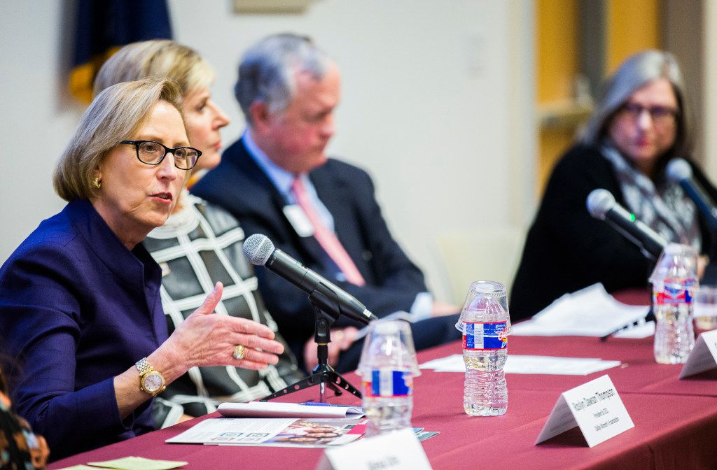 Roslyn Dawson Thompson, left, president and CEO of the Dallas Women's Foundation, spoke at the Dallas Women's Foundation's  Economic Issues for Women in Texas 2017 study on Feb. 9. Also on the panel were Carine Feyten, Ph.D., chancellor and president of Texas Women's University; Terry Conner, past managing partner at Haynes and Boone LLP; and Karen Petty of the Department of Family Services at Texas Women's University. It was moderated by Alexa Ura, reporter at the Texas Tribune.