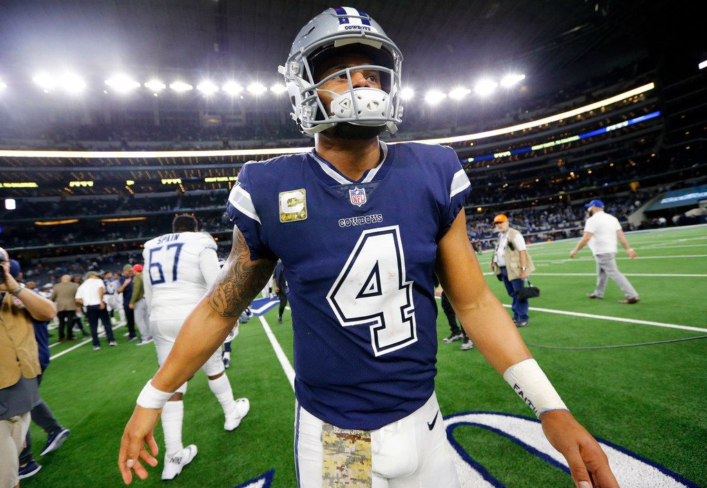 Dallas Cowboys quarterback Dak Prescott (4) walks to the locker room after losing to the Tennessee Titans at AT&T Stadium in Arlington, Texas Monday, November 5, 2018. (Tom Fox/The Dallas Morning News)