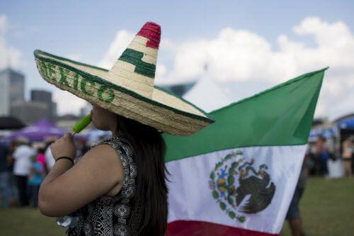 ¿Estarías dispuesto a vestirte de verde, blanco y rojo para festejar la independencia mexicana?