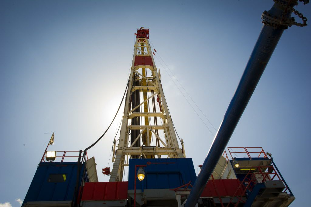 A Consol Energy Horizontal Gas Drilling Rig explores the Marcellus Shale outside the town of Waynesburg, PA on April 13, 2012.