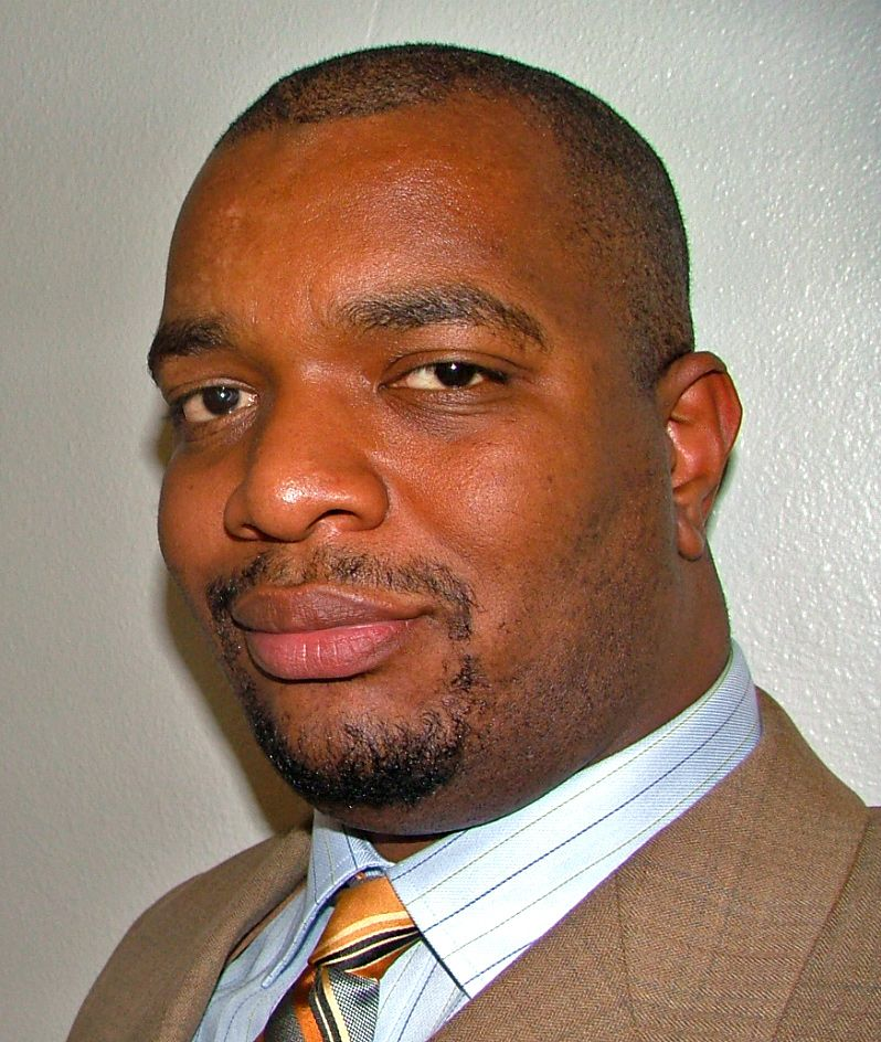 Shawn Scott is founder and CEO of Hack My Future.