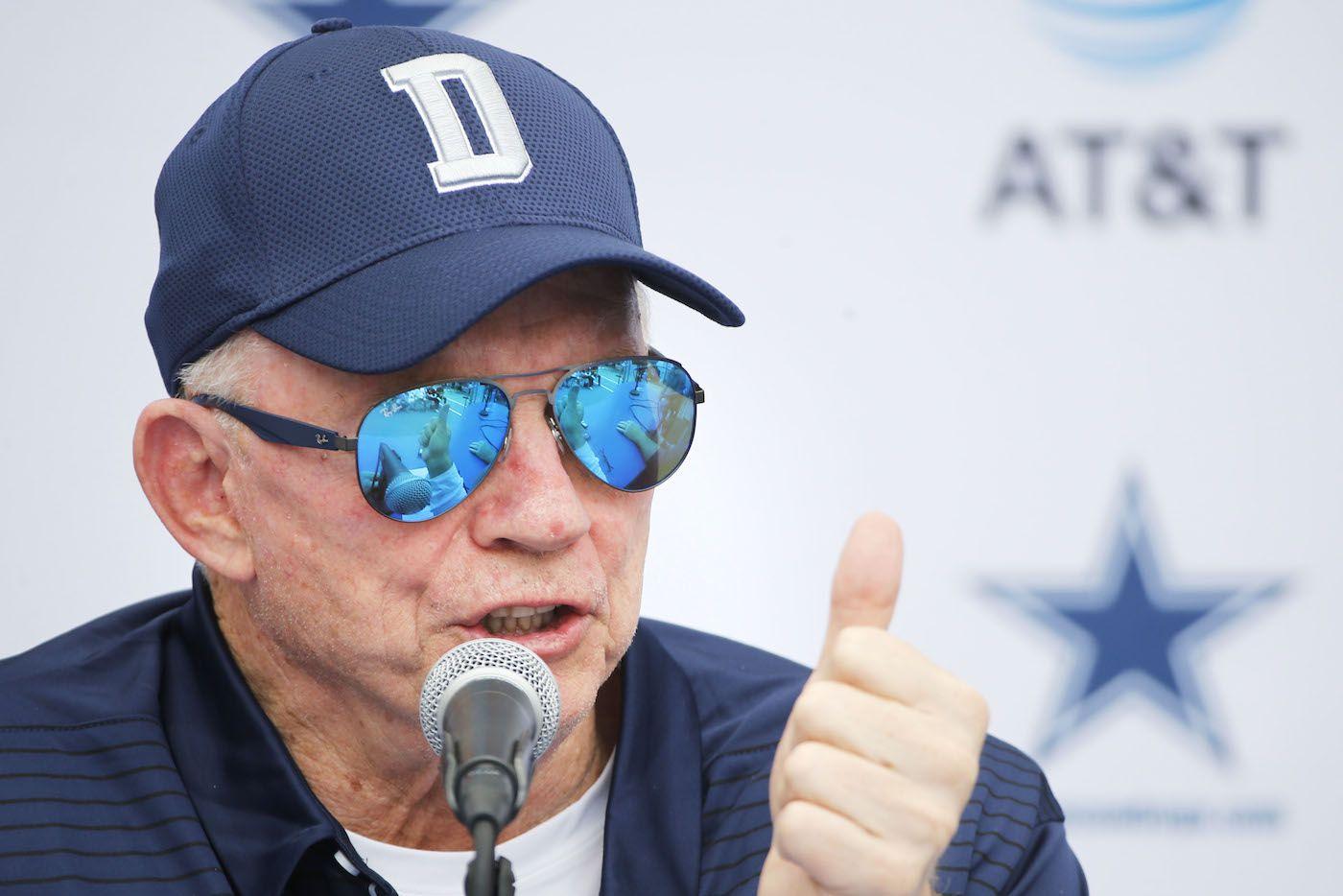 Jerry Jones, propietario de los Cowboys de Dallas. AP