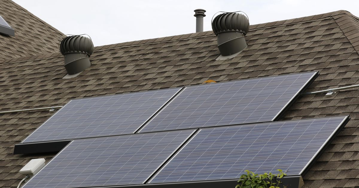 The new Oncor is going after a new target: Texas homeowners with solar panels