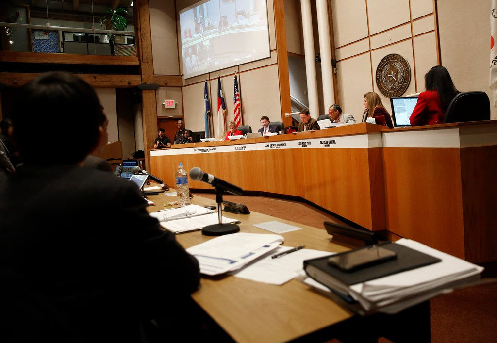 Dallas County Commissioners during a Dallas County Commissioners Court meeting on Tuesday, Feb. 19, 2019. (Rose Baca/Staff Photographer)