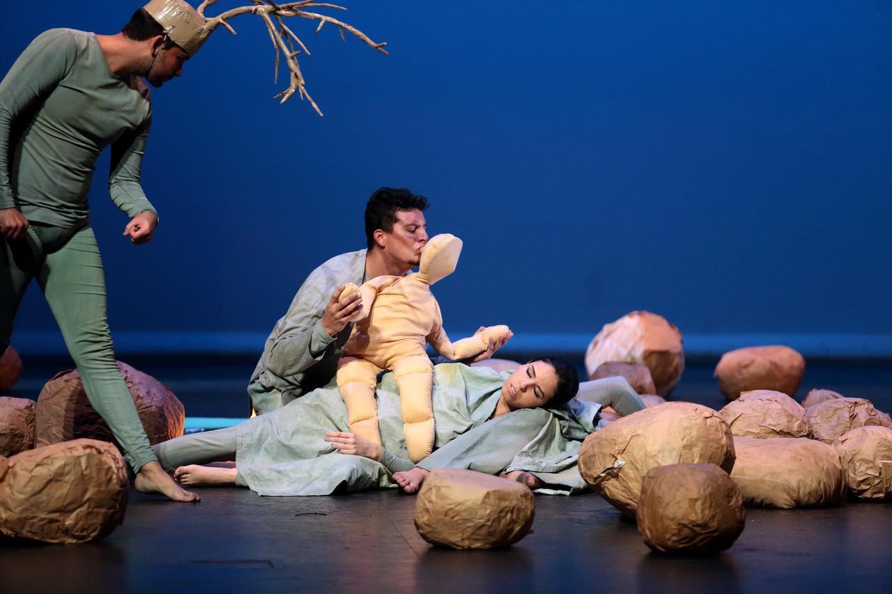 Jesse Morales, David Lemus y Diana Gómez del Teatro Flor Candela en la obra de Maya Baktun: El Umbral. (ESPECIAL PARA AL DÍA/MARÍA OLIVAS)