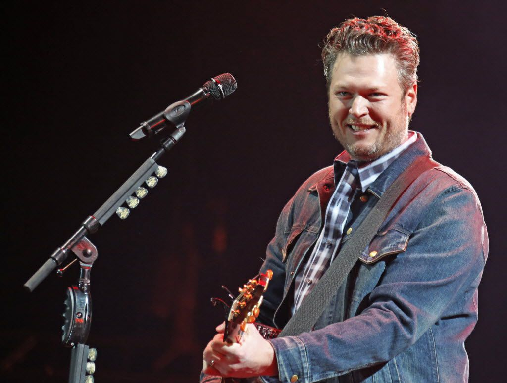 Blake Shelton, at the United Way fundraiser event at AT&T Stadium in Arlington in 2015