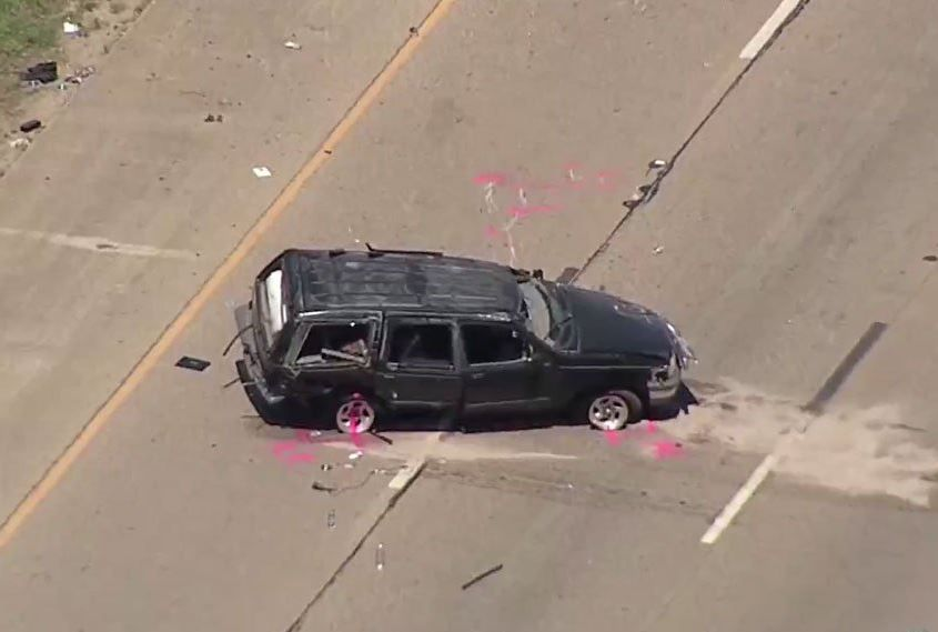 22-year-old woman dies after roll-over crash on I-30 in Fort