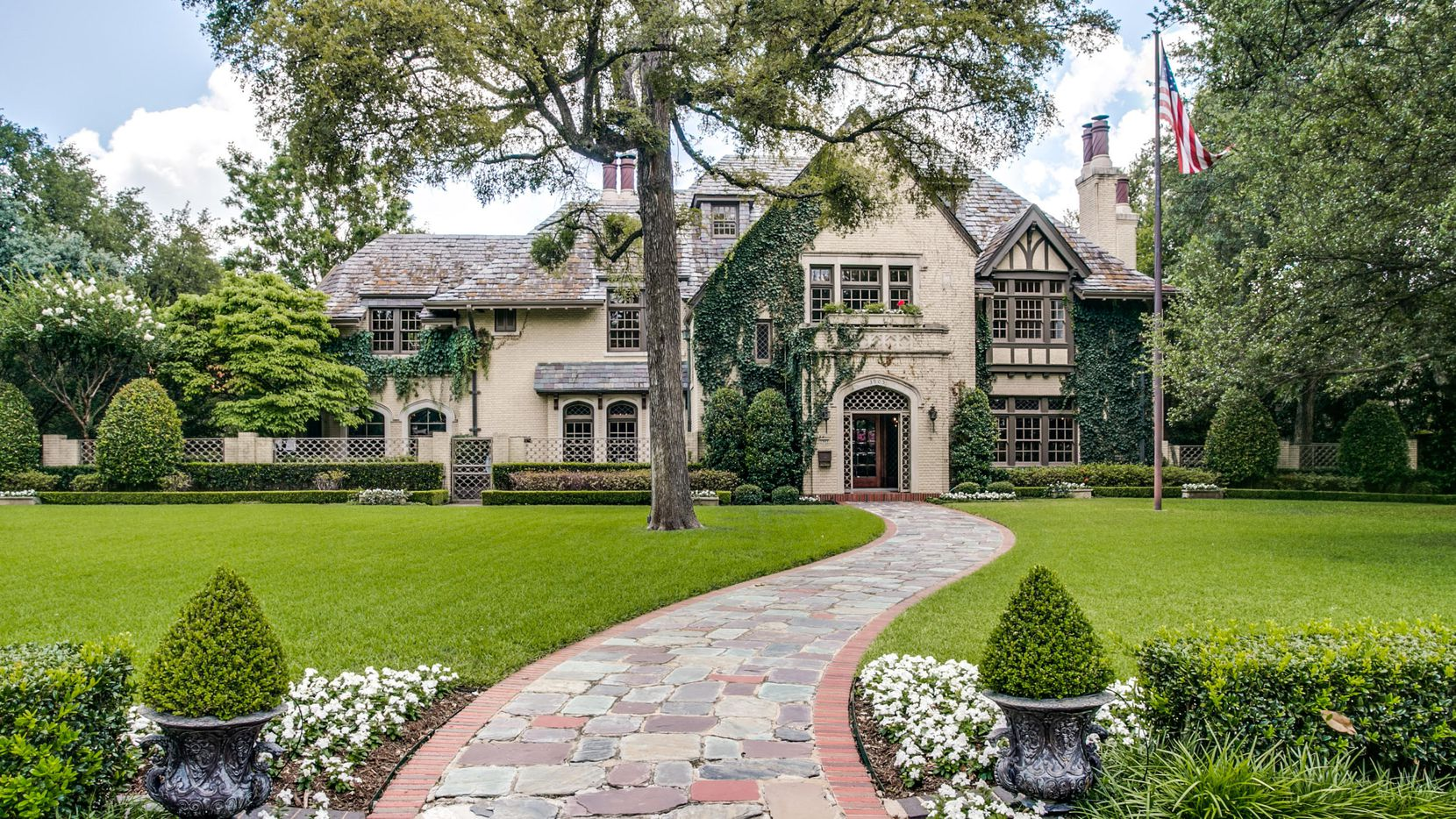 The Wyly house on Beverly Drive was listed for sale for $12.5 million.