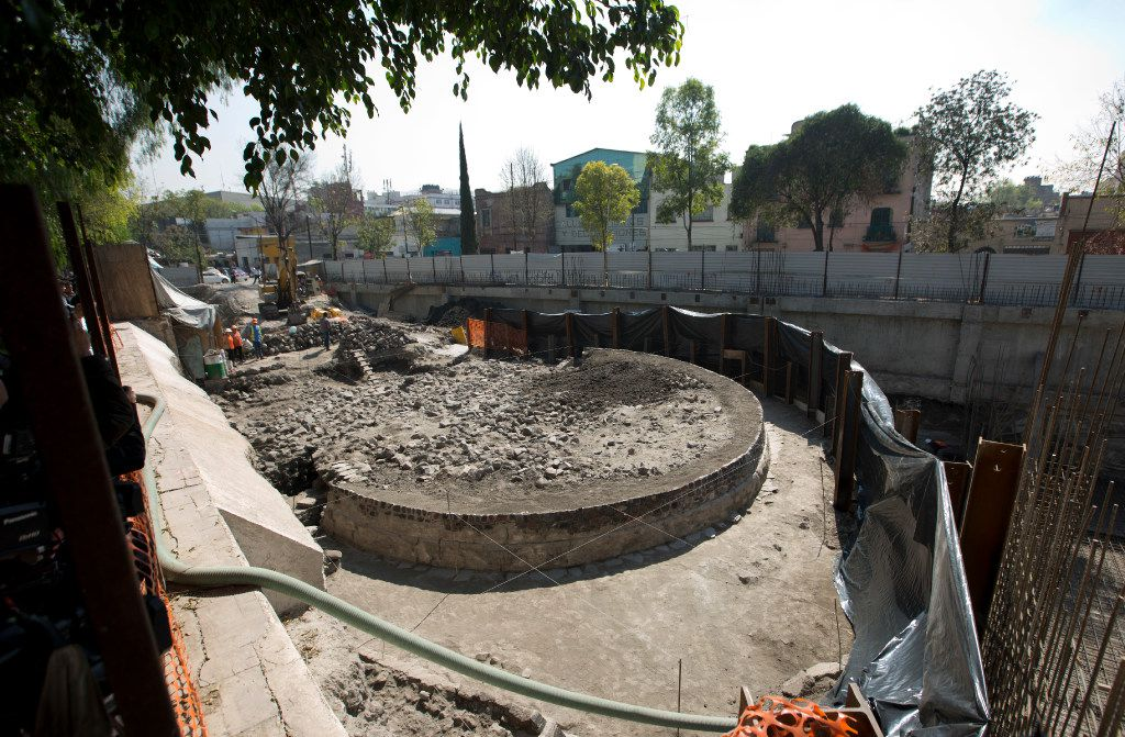 Arqueólogos encuentran un templo dedicado al dios del viento el 30 de noviembre en México. (AP)