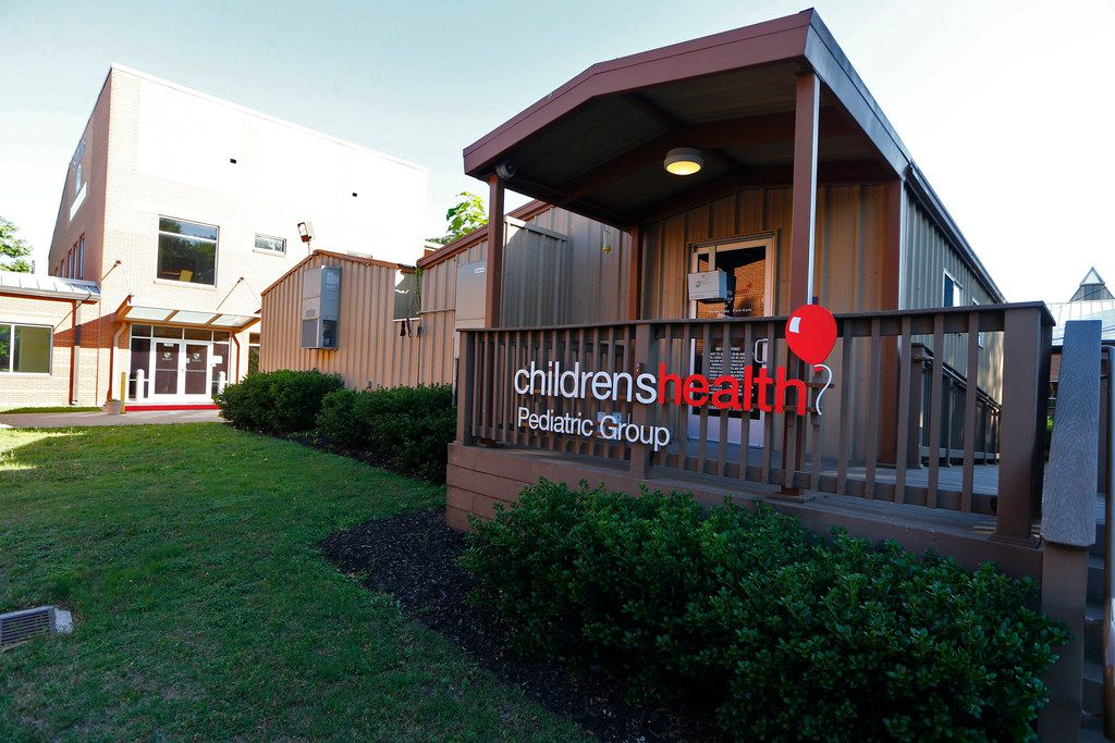 """The Children's Health clinic at St. Philip's School and Community Center in Dallas on May 23, 2018. Children's Health issued its annual """"Beyond ABC"""" report on Monday, detailing the well-being of children in six North Texas counties in four areas: health, economic security, education and safety."""