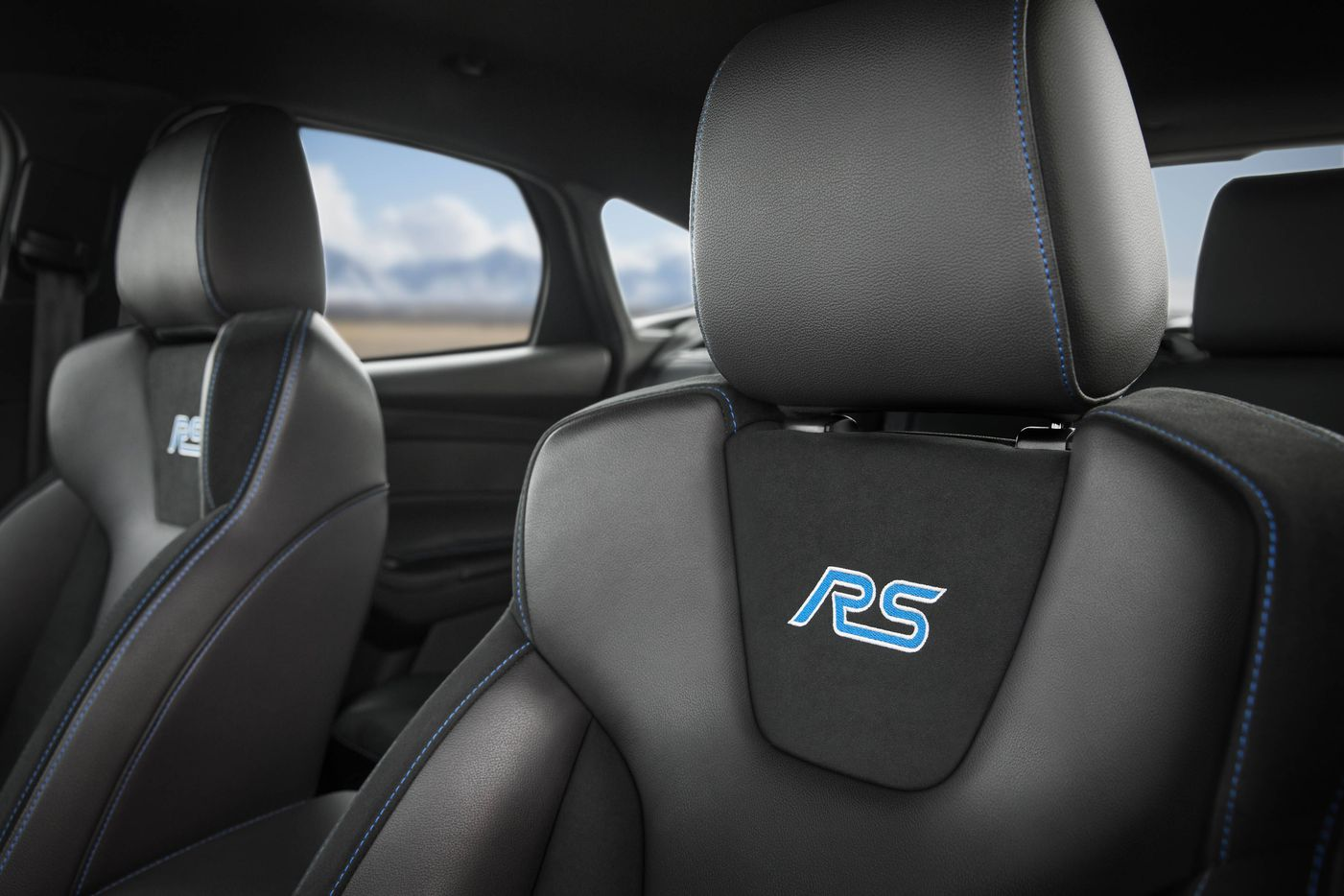 The basic car comes standard with a leather-wrapped tilt steering wheel, dual power point plug-ins and 60-40 split rear seats, and it wears comfortable Recaro upholstery.