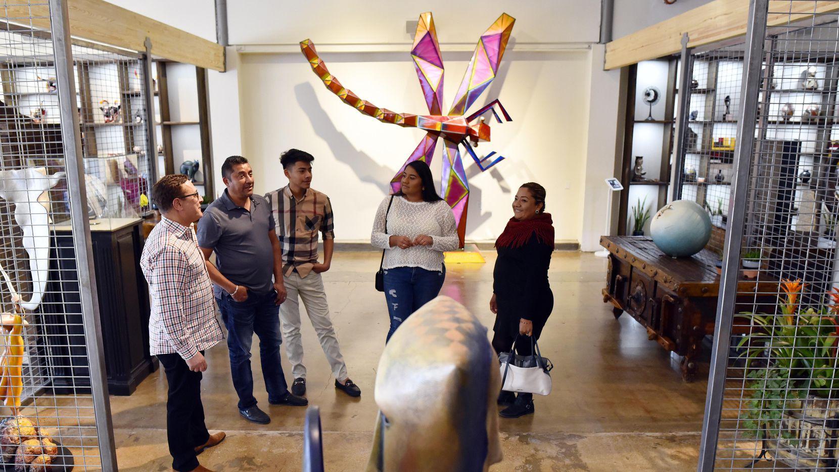 El Mercado Artesanal en Oak Cliff busca crear un espacio para los artesanos latinos. BEN TORRES/AL DÍA