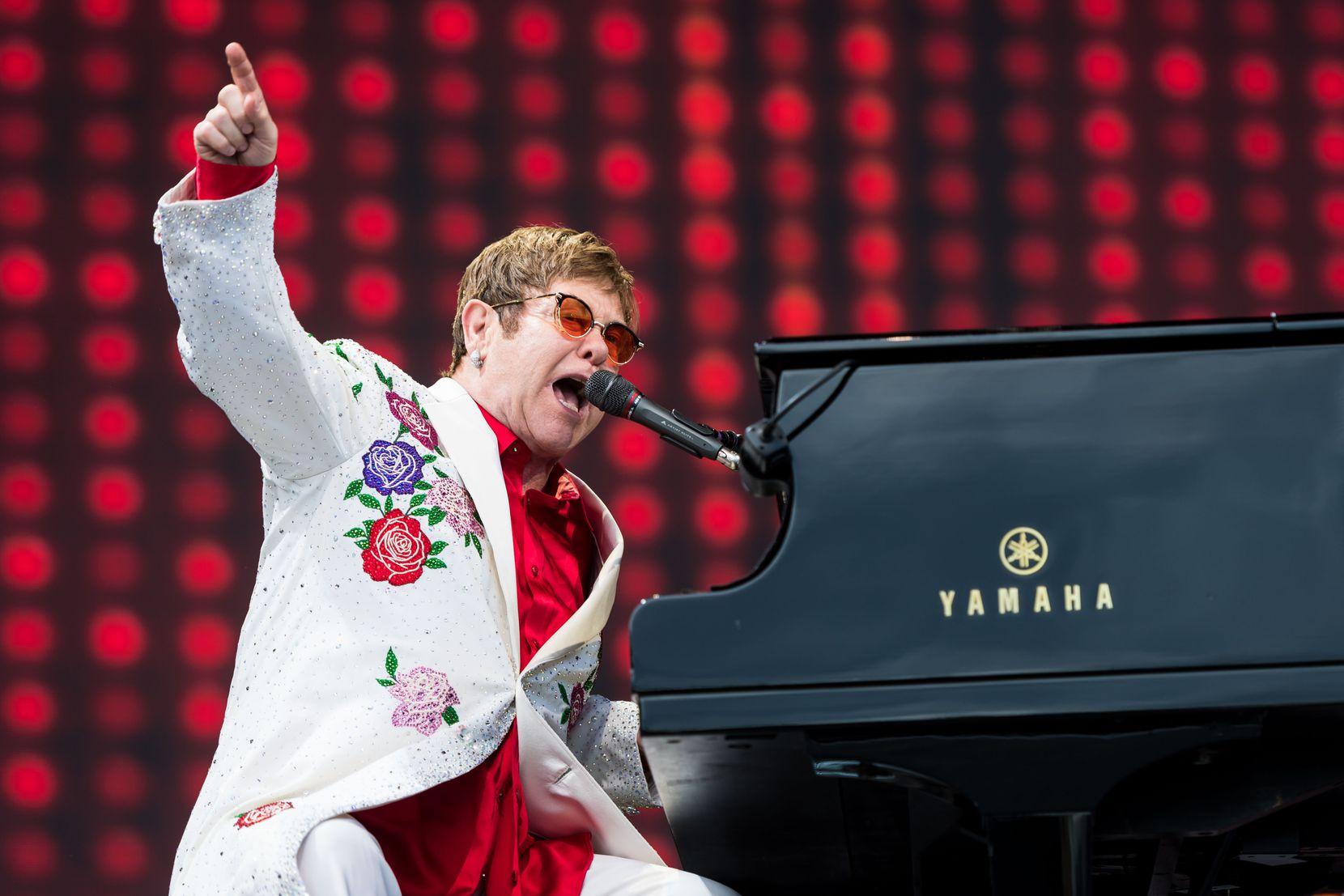 Elton John. (Photo by Ian Gavan/Getty Images for Harlequins)