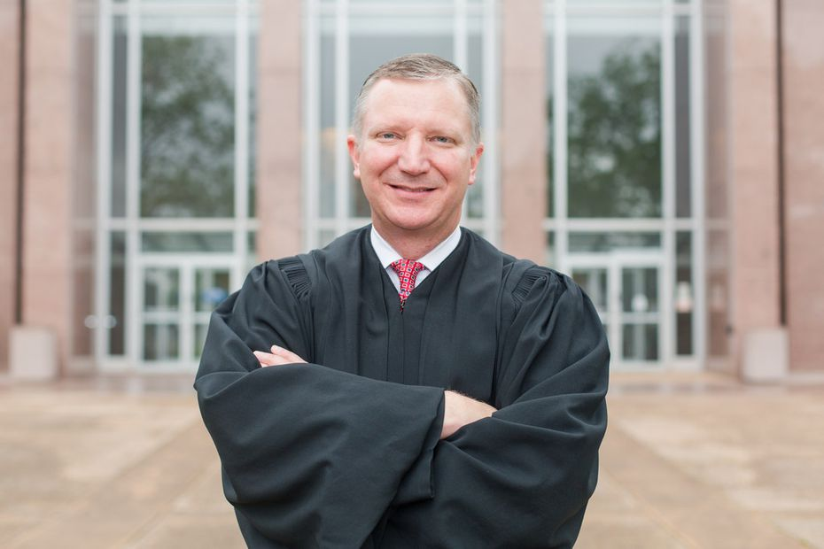 Justice Jeff Brown of the Texas Supreme Court, Place 6