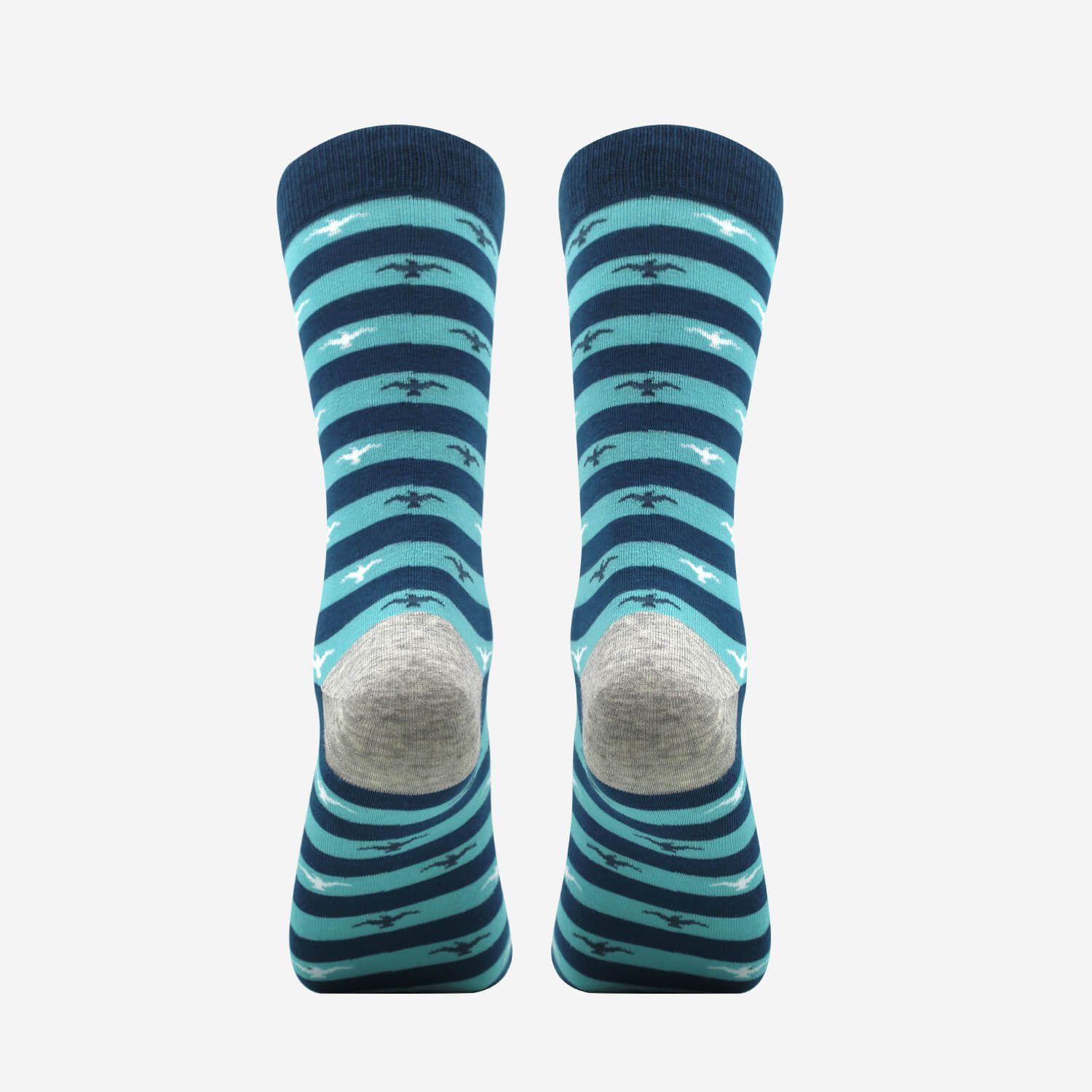Are these not the niftiest of the nifty? As if that nice gray heel isn't enough, these MP Magic Socks are also odor-free and they cost only $9.90.