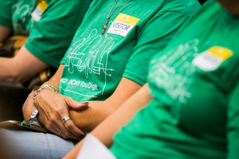 D2 subway supporters listen during public comment before the board of the Dallas Area Rapid Transit before they voted on a rail corridor plan on Tuesday, October 25, 2016 at DART headquarters in Dallas. The board voted to finance both the Cotton Belt and D2 subway.