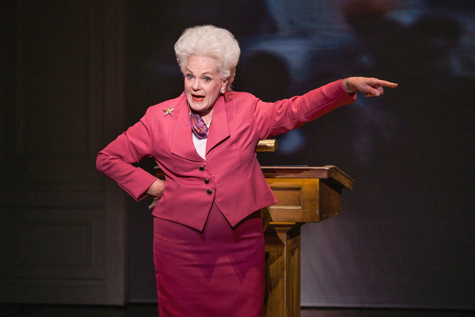 "Fort Worth actress Libby Villari plays the late Texas Gov. Ann Richards in Holland Taylor's one-woman show, ""Ann""."