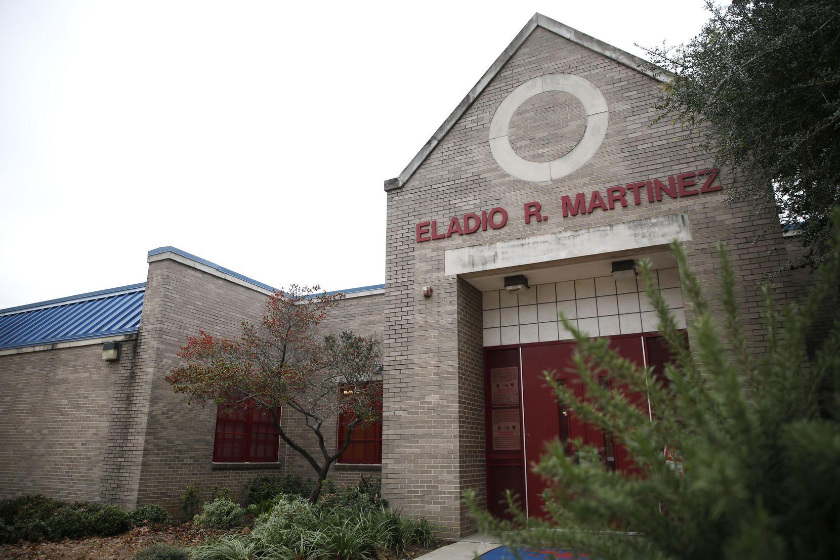 Vista exterior del Eladio R. Martinez Learning Center en Dallas. ROSE BACA/DMN