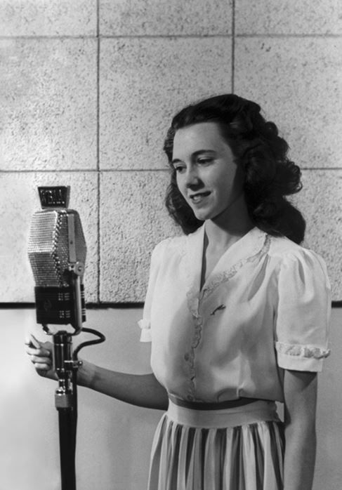 Wygant as a student at Purdue University in West Lafayette, Ind. She would pursue broadcasting after discovering that the student radio station utilized female announcers.