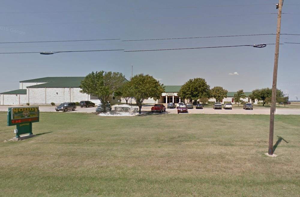 Moody High School, en Moody, Texas.