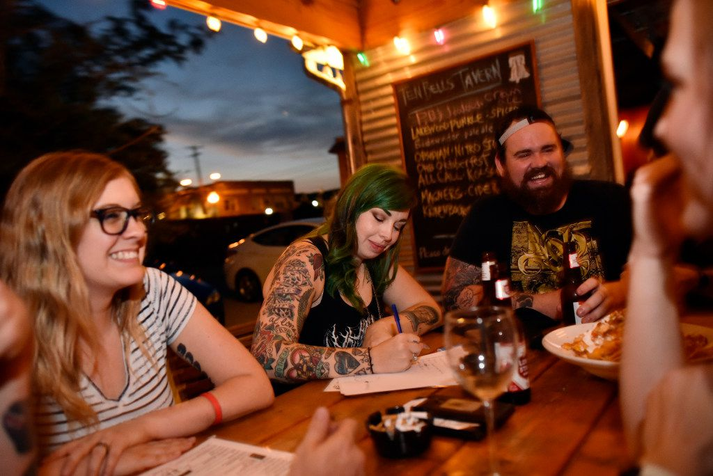 Where to play bar trivia with Dallas-Fort Worth's most